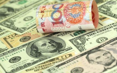 人民币将录下一年以来最大月跌幅 中期峰值已过,美元恢复强势